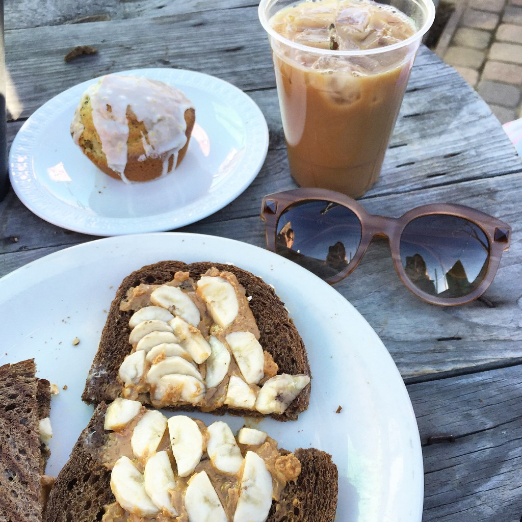 mead's green door cafe, itsy bitsy indulgences