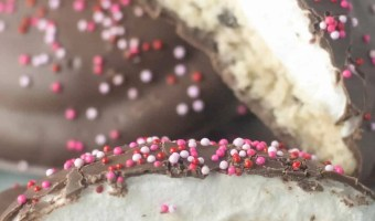 Chocolate Chip Shortbread Mallow Cookies