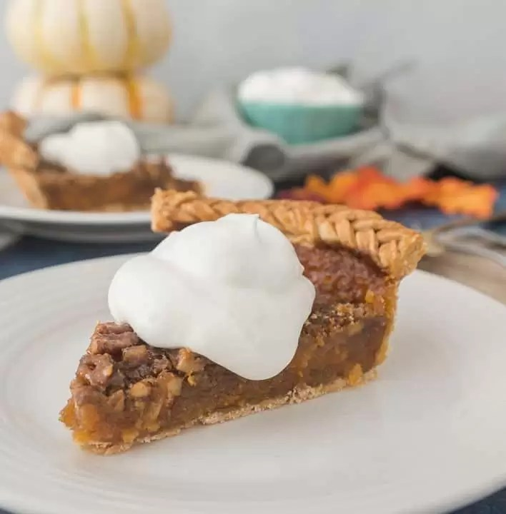 Sweet potato pecan pie combines two classic favorites into one delicious dessert, perfect for Thanksgiving and all your fall festivities! recipe via itsybitsykitchen.com #Thanksgiving #pie #dessert