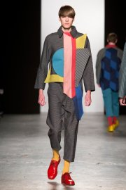 westminster-ba-fashion-design-show-2015-charlotte-scott_dezeen_3