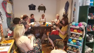 Knit groups everywhere - this one is at Yak in Brighton, England!
