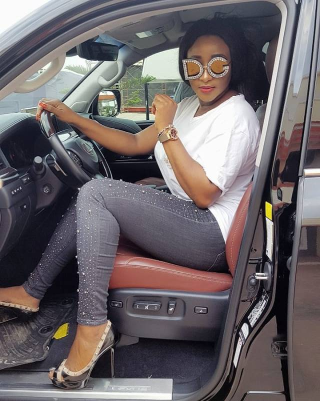 Ini Edo shows off her N900k D&G embellished glasses