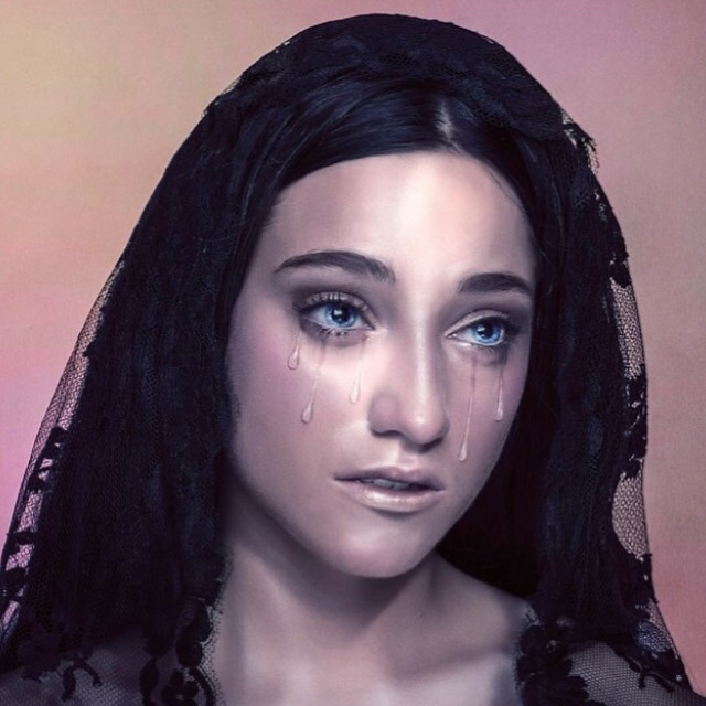 Emilie Ramirez sanger makeup