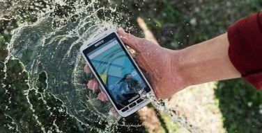 nautiz-x2-handheld-ip65-water-itusers