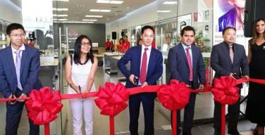 Inauguran-primera-tienda-de-experiencia-Huawei-en-Perú