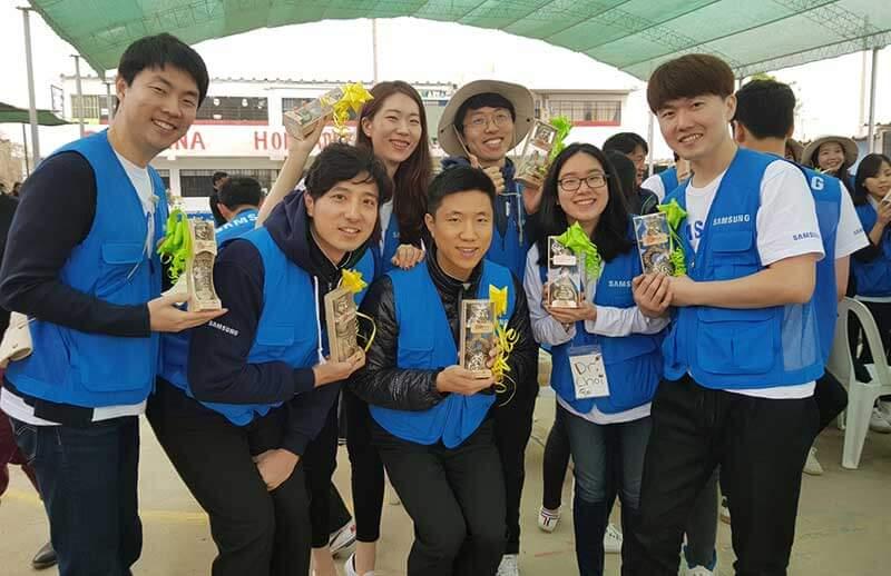 Estudiantes de Manchay potenciarán su aprendizaje con Samsung