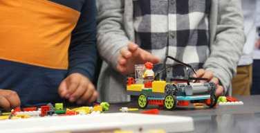 Fundación-everis-lanza-talleres-de-robótica-y-programación-para-niños-en-Perú