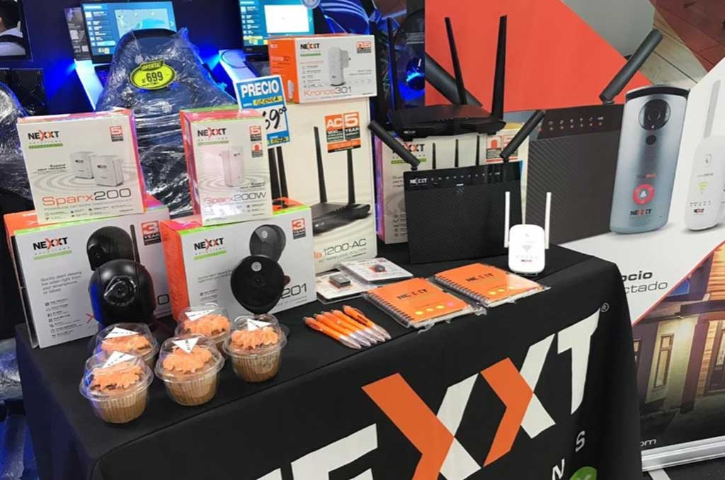 Nexxt-Solutions-Connectivity--realiza-activaciones-en-Hiraoka