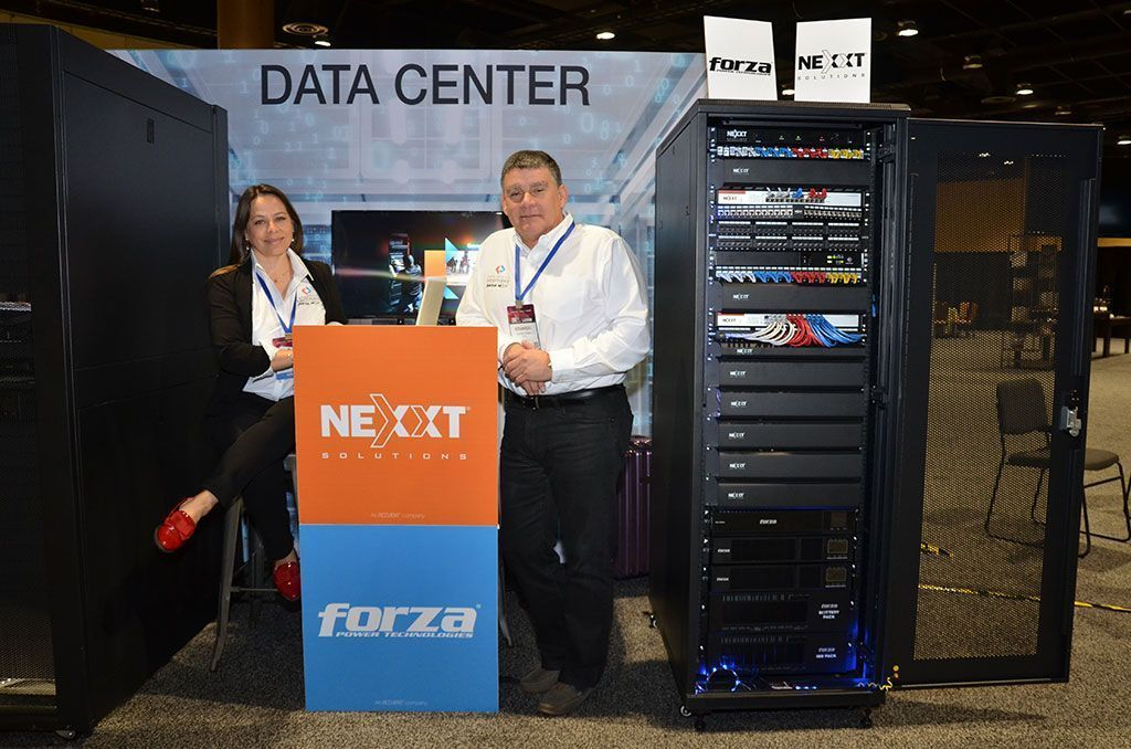 Gina-Rubiano-de-Nexxt-Solutions-y-Eduardo-Pinillos-de-Forza-Power-Technologies