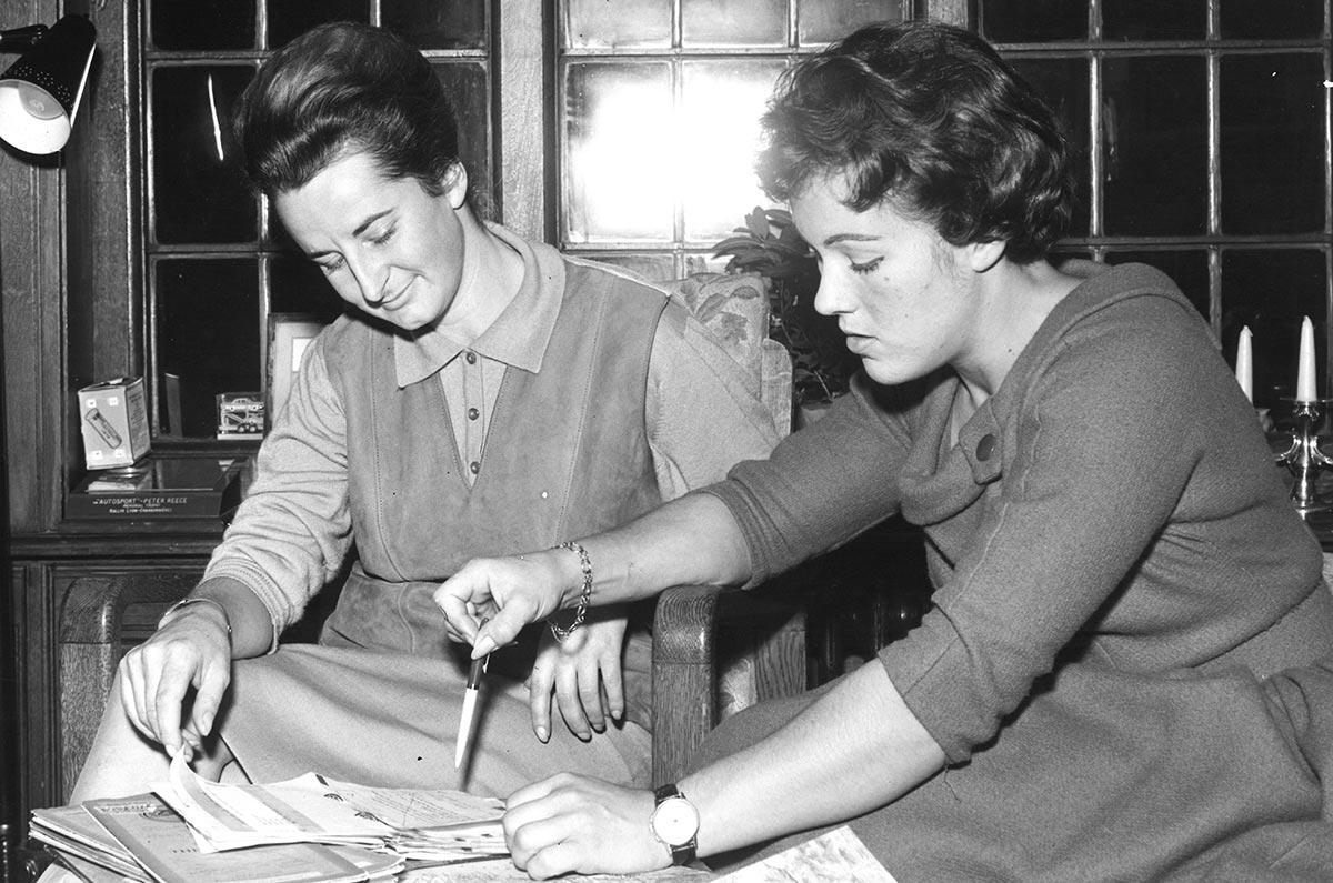 Mujeres-que-hicieron-historia-junto-a-Morris-Garages