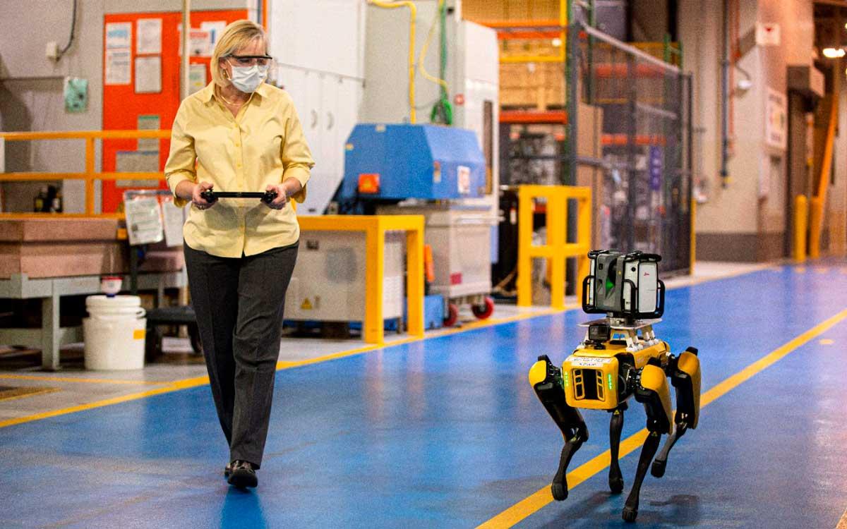 5-tecnologias-que-han-cambiado-la-manera-de-producir-vehiculos-en-ford