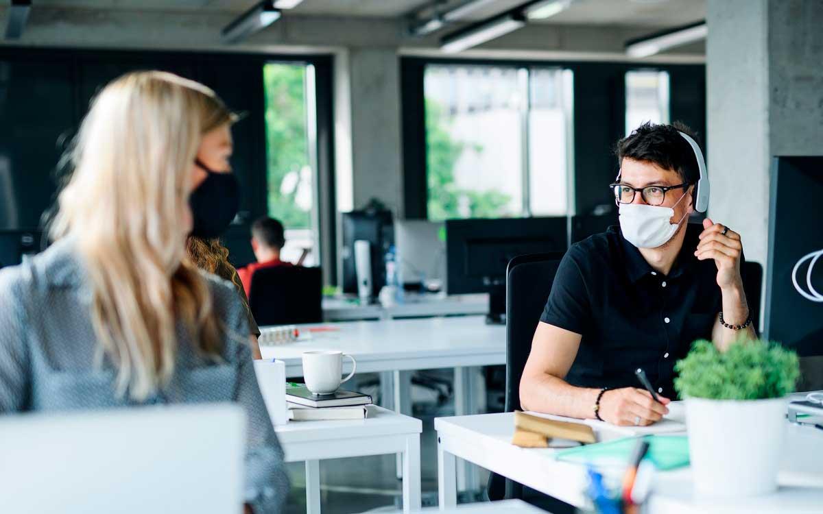 oficina-2-0-una-nueva-forma-de-trabajar-en-peru-con-horarios-flexibles-y-medidas-de-bioseguridad