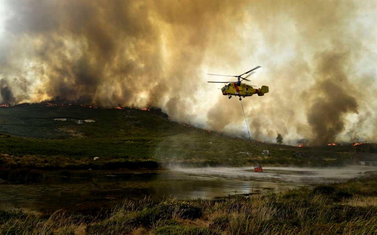 los-helicopteros-rostec-han-ayudado-a-combatir-incendios-en-11-paises