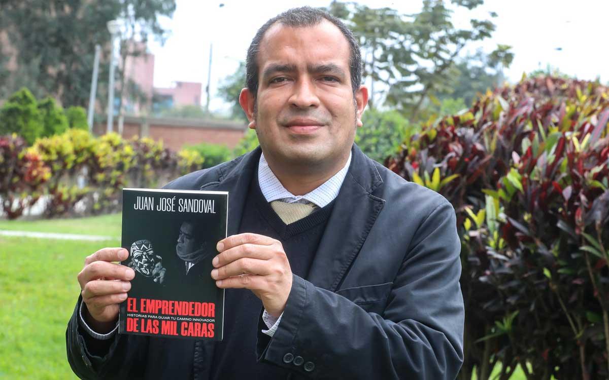 juan-jose-sandoval-lanza-libro-el-emprendedor-de-las-mil-caras