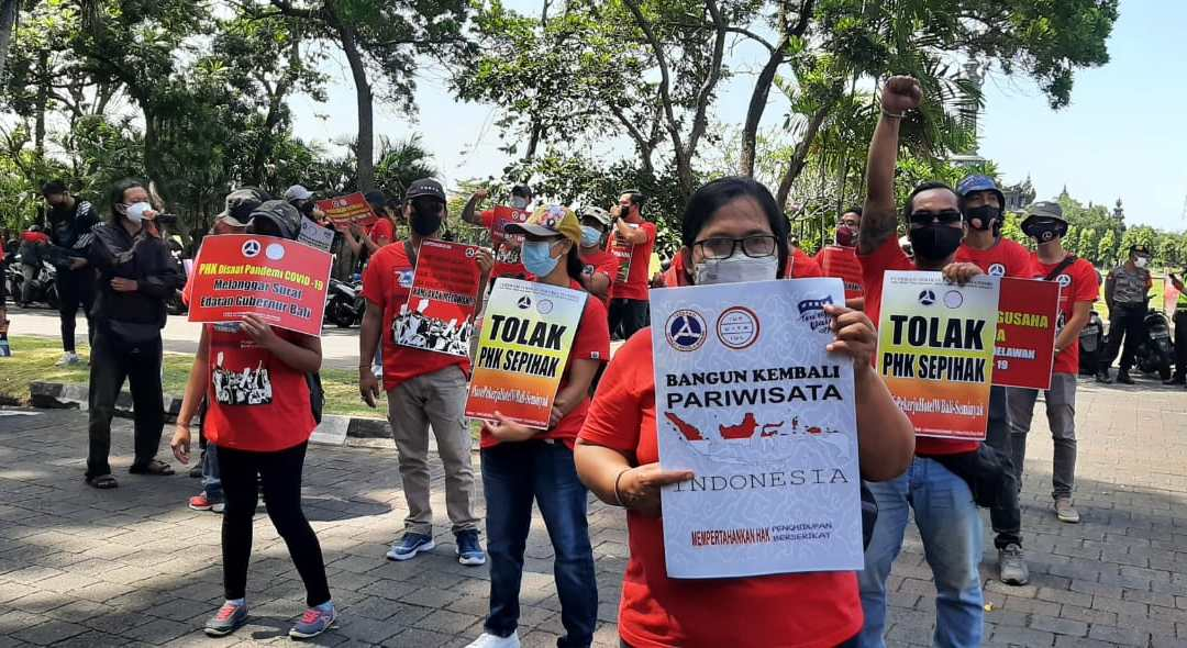 """""""build back tourism in Indonesia!"""" On World Tourism Day hotel workers call for building back better, securing jobs & stopping unfair dismissals"""