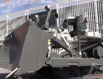 VIDEO: Největší hydrostatický buldozer na světě