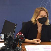 Inma Omiste pide a la alcaldesa que se ponga en la piel de los 6.837 parados y paradas de Motril