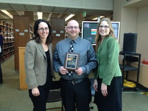 Pictured from left to right: Dr. Lisa Zwicker, Jason Rose, and Alison Stankrauff.Jason Rose wins the 2015 Library Prize.Preface photo/Kayla Smith