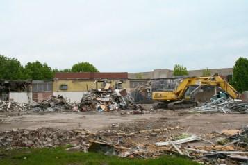 Greenlawn_demolition_roeder_13