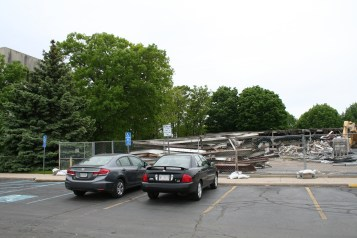Greenlawn_demolition_roeder_25