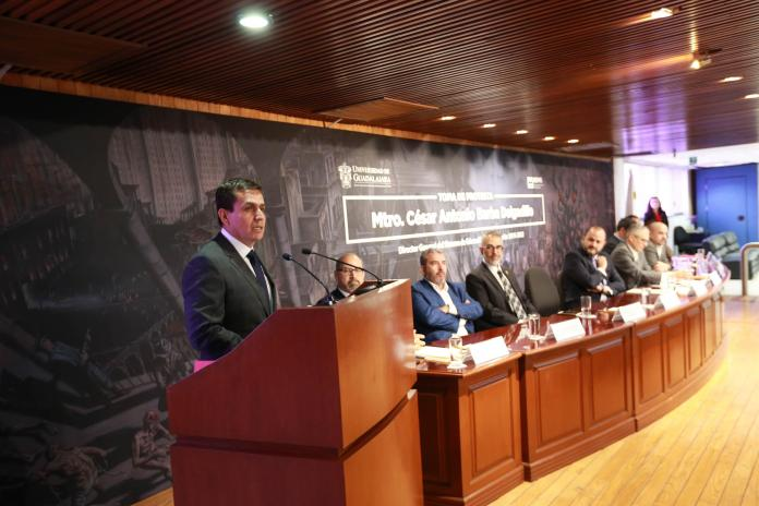 César Barba, toma protesta como director general del SEMS
