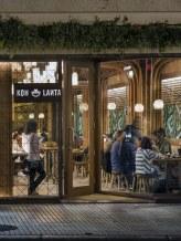 Fachada en diseño de restaurante Koh Lanta en A Coruña (Galicia)