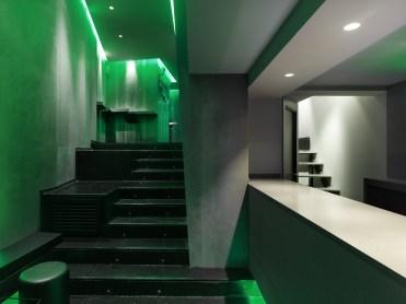 Barra auxiliar y anfiteatro en La Fragua de Vulcano Lounge & Bar