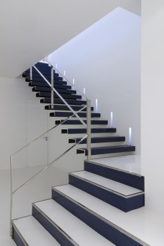 Diseño de óptica en Ponferrada. Escaleras