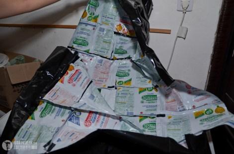 sachets y confeccionar bolsas de dormir para la gente en situación de calle. También podemos realizar capas para la lluvia, cartucheras, bolsos