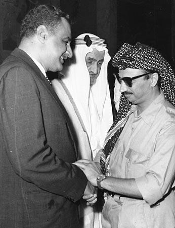 Yasser Arafat receive blessings from the Egyptian President Gamal Abdul Nasser