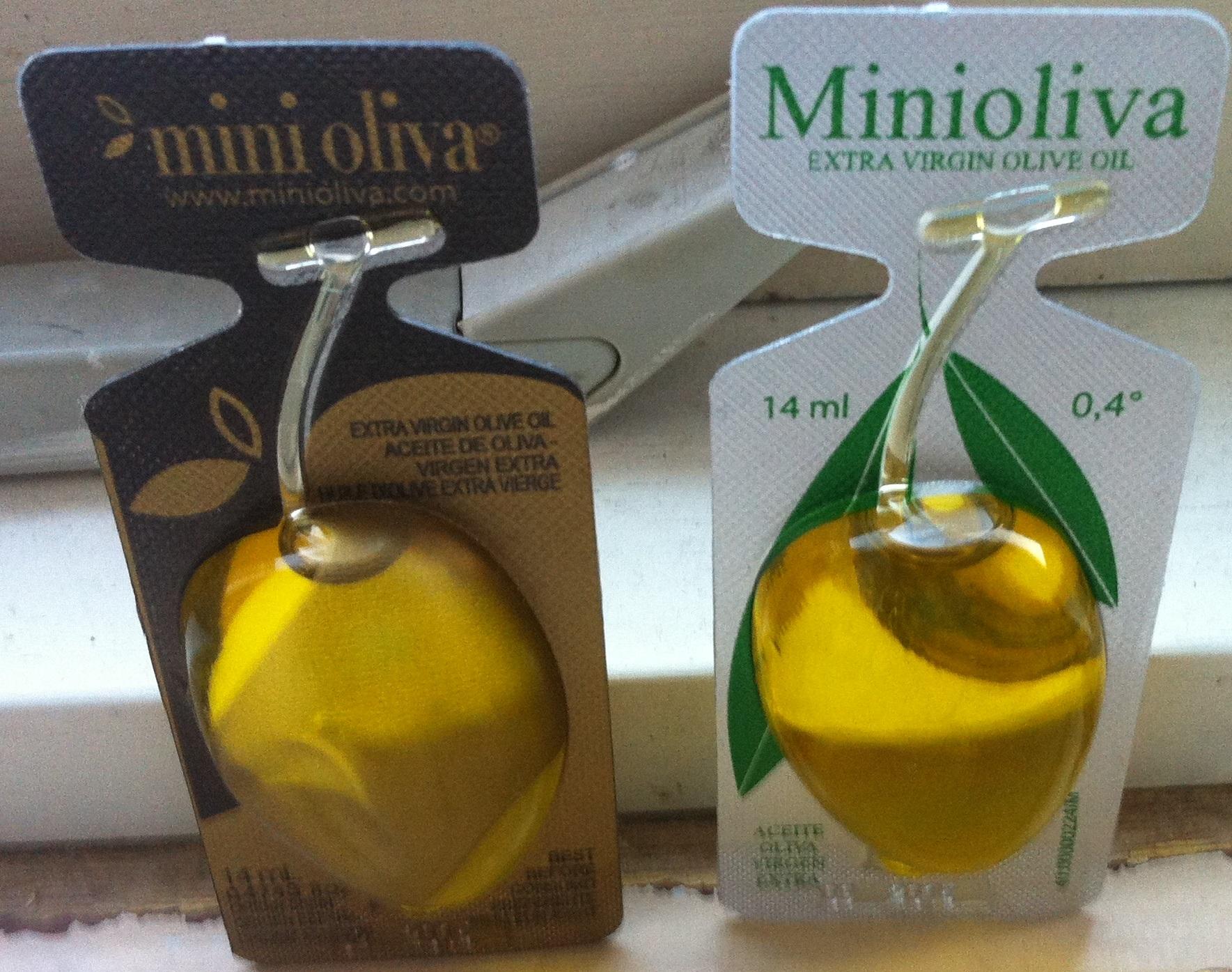 Mini Olive Oil Salad Dressing Iveaten
