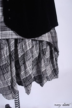 Blanchefleur Frock in Chimney Sweep Plaid Silk Taffeta - Size Medium/Large