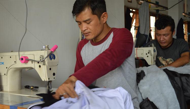 Kaos Promosi Murah Karawang Barat 0813-2184-7425