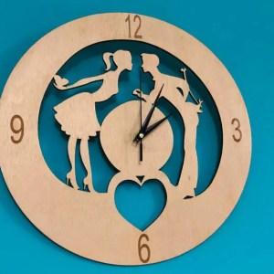 Ceas de Perete din Lemn Cuplu Valentine's Day