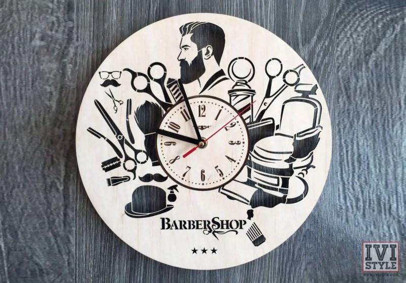 ceas personalizat barbershop lemn 01