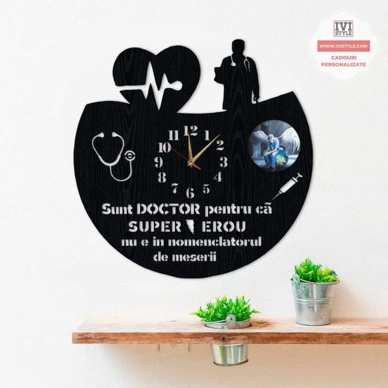 Ceas Personalizat cu Poza pentru Medic 03