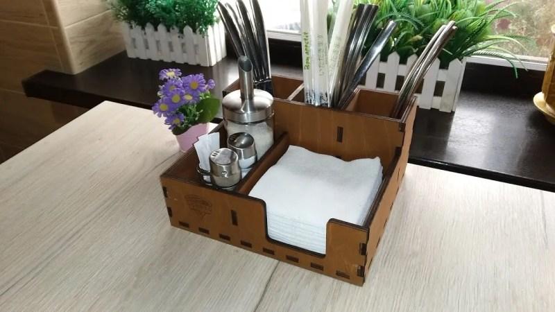 Cutie Organizator tacamuri servetele si condimente, lemn