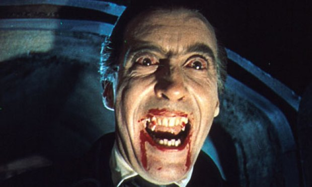 Christopher-Lee-Dracula-