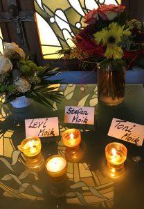 Gedenken an die Opfer in der Friedwaldkapelle auf dem Schwanberg