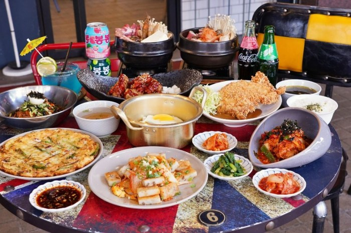 艾來佳韓式料理  台中逢甲早午餐新寵,早上6點就能吃到平價又道地韓式炸雞和炸醬麵、泡菜鍋!