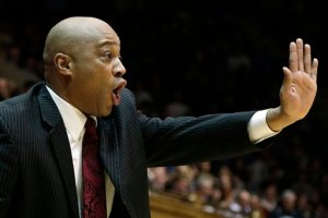 """Bill Courtney said """"Stop"""" to Princeton's 50-37 lead in the second half. Cornell responded with a 25-2 run to defeat the Tigers. (AP Photo/Gerry Broome)"""