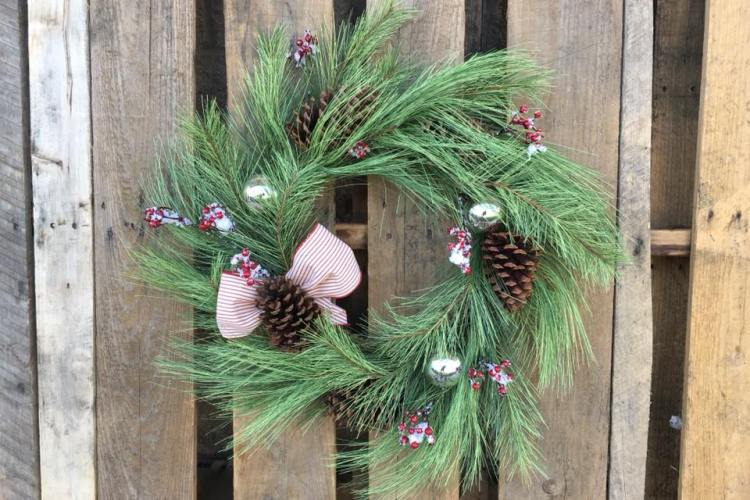 Wine, Wreaths & Holiday Hints 2.0