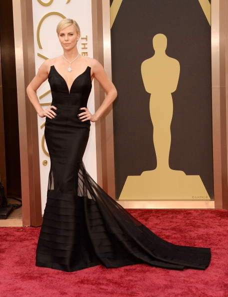Charlize-Theron-Wearing-Christian-Dior-2014-Oscars