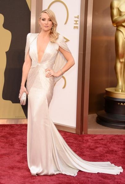 Kate-Hudson-Wearing-Atelier-Versace-2014-Oscars