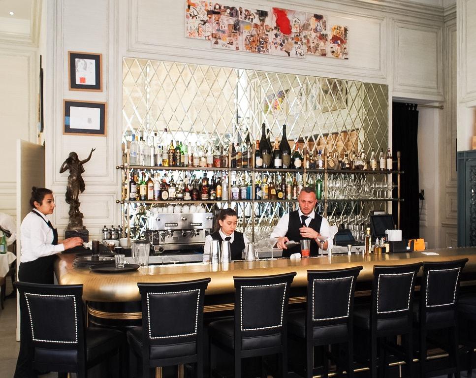 la petite maison brass bar beirut lebanon