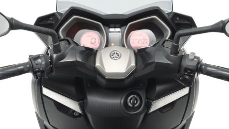 2015-Yamaha-XMAX-125-ABS-EU-Matt-Grey-Detail-006