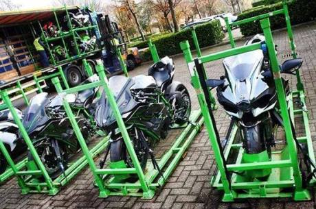 kawasaki-ninja-h2-packing-for-shipping