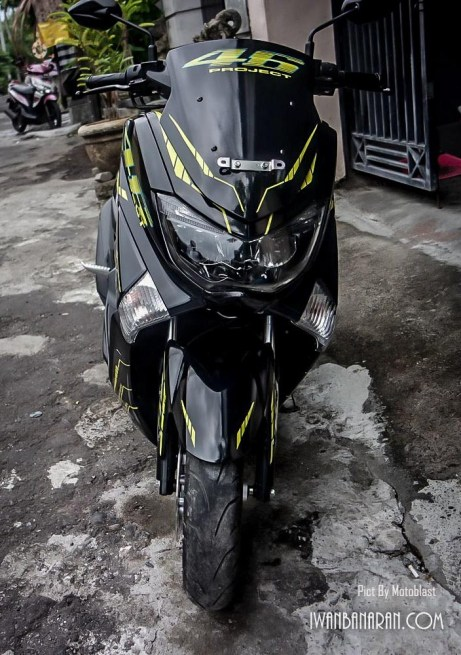 yamaha-nmax-vr46-project-12