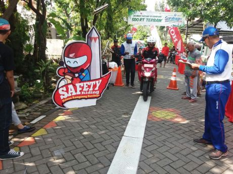 honda-safety-riding-kelana-kampoeng-surabaya-2016-3