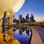 6 Dazzling Attractions in Singapore to Photograph at Night
